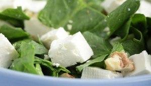 ensaladas para bajar de peso-ensalada_de_queso_panela_con_nuez