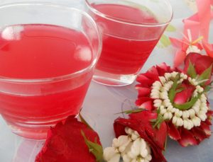 agua-de-rosas