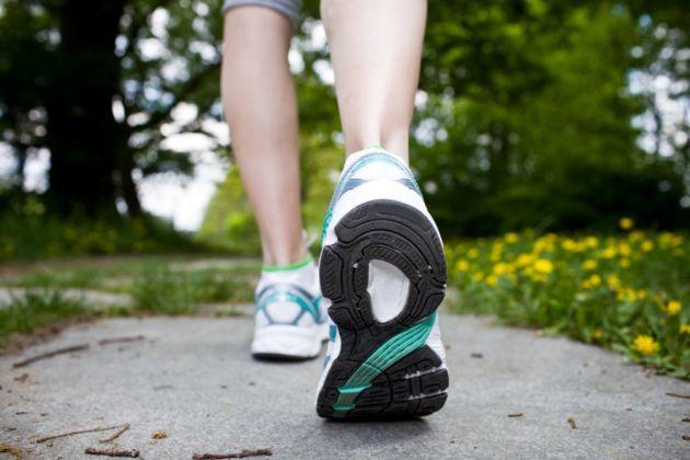 reducir celulitis-camina