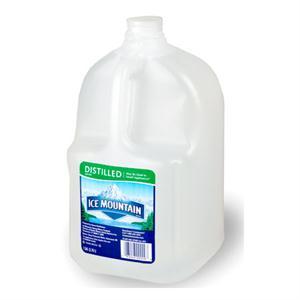 Peligros de beber agua destilada
