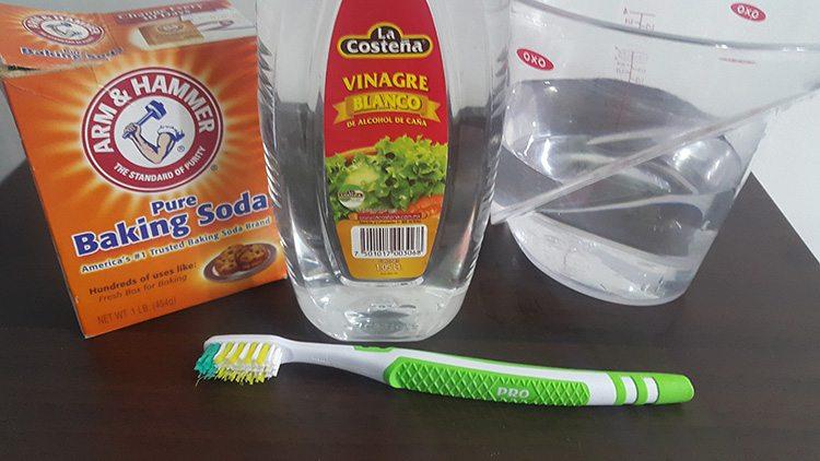 Bicarbonato-de-Sodio-Vinagre-Agua