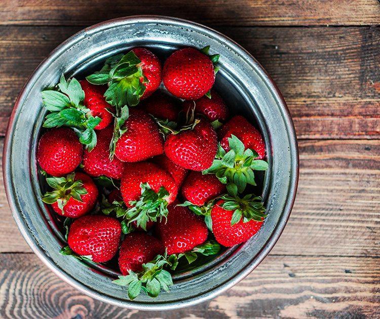 plato-de-fresas