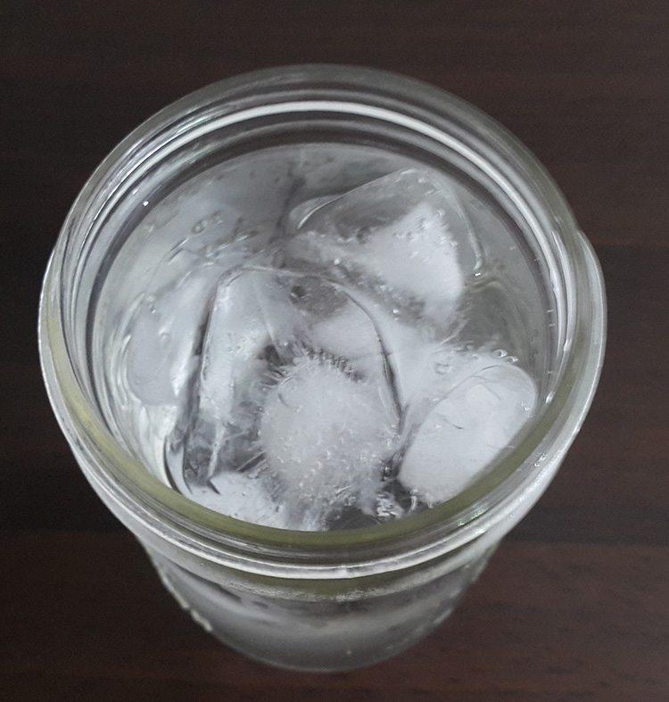 vaso-de-agua-fria