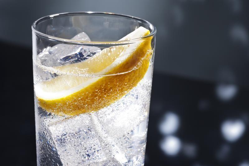 agua-carbonatada - La Guía de las Vitaminas