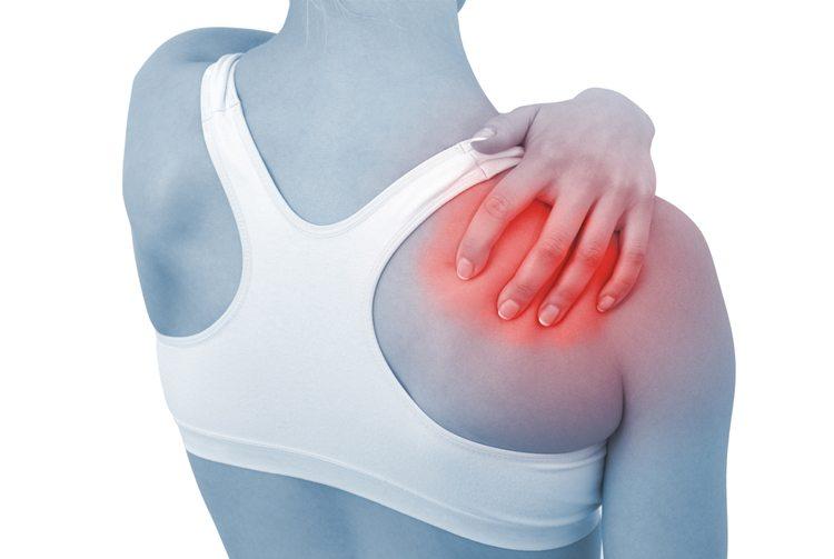 mujer-antebrazo-inflamado