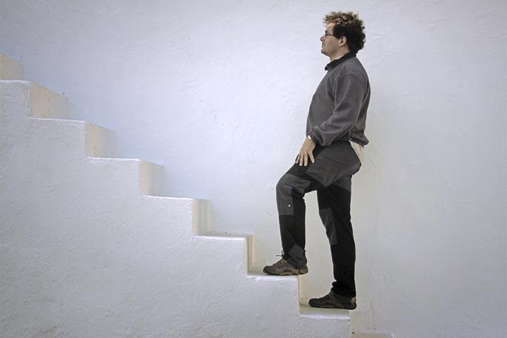 Por Qué Te Duelen Las Rodillas Cuando Subes Escaleras - La Guía de ...